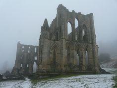 P1200298  Rievaulx Abbey, Winter