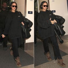 Rihanna was spotted at LAX wearing Vetements black embroidered hoodie and the brand's shearling leather jacket in addition to brown Timberland boots. Brown Timberland Boots, Timberland Waterproof Boots, Timberland Boots Outfit, Rihanna Love, Rihanna Riri, Rihanna Style, Rihanna Outfits, Rihanna Sunglasses, Top Sunglasses