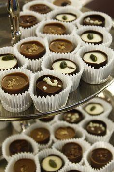 #suomenkultakello #avajaiset #chocolate