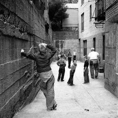 WLR • Black & White Photographs of Street Scenes of New...