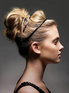 The sophisticated messy bun