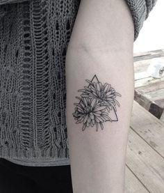 •crisântemo• New Tattoo You Av. Dr Cardoso de Melo, 320 Vila Olímpia - São…