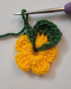 CROCHET COLORFUL FLOWER PATTERN – Knitdo Chevron Crochet Patterns, Crochet Squares, Crochet Motif, Crochet Stitches, Knit Crochet, Yarn Flowers, Crochet Flowers, Crochet Crafts, Crochet Projects
