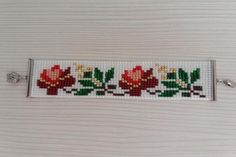 off loom beading techniques Loom Bracelet Patterns, Bead Loom Bracelets, Beaded Jewelry Patterns, Bead Crochet Patterns, Peyote Patterns, Beading Patterns, Beading Ideas, Beading Techniques, Bijoux Diy