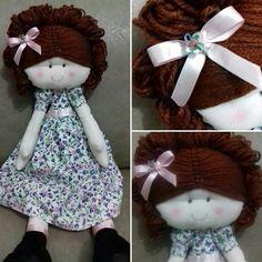 Boneca de pano que eu fiz :) ela mede cerca de 40cm...vendo por $35...encomendas pelo whatsapp (31)992963276 ou por e-mail kelinha.fg.16@gmail.com