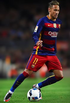 """""""Neymar gave four assists and scored five goals in the last five games for FC Barcelona. Neymar Jr, Neymar Football, Lionel Messi, Fifa, Soccer Poses, Fc Barcalona, Fc Barcelona Neymar, Soccer Players, You Fitness"""