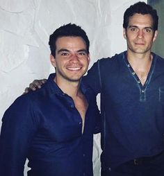 "New Pic!! Quinta feira á noite em Miami!! ""Com meu brother Superman."" #AlwaysHenryCavillBrasil (By luis18lira)"