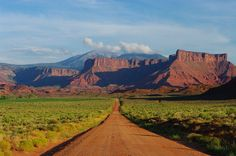 Utah Road, Nature Photography, Nature Photos, Photos of Nature - Wouldn't you love to have this in your home? I would love to hang it over my hoe office desk and daydream all day!  This Nature photo is a great way to escape from the mundane and get away to Utah for a while! #naturephotography