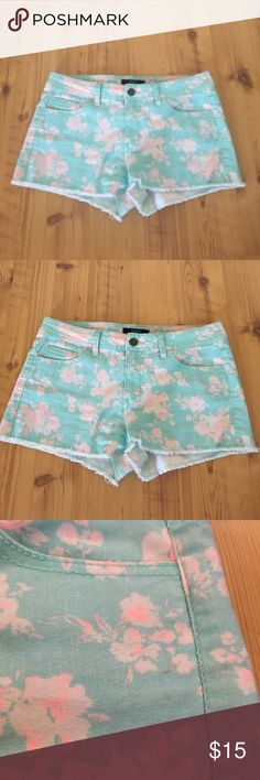 Pastel Mint Floral Shorts Worn a few times, food used condition. Has a dirty mark as shown. I haven't tried to get it out. Not very noticeable. Forever 21 Shorts Jean Shorts