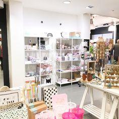 PS - PoushStore ~ Noordwijk // Shop-in-shop // conceptstore filled with Dutch Unique Brands //