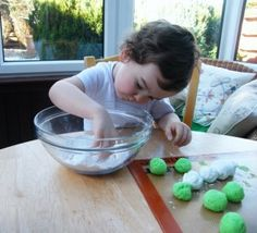 Easy white chocolate and peppermint truffles for kids to make (green colour optional!) Step-by-step photos.