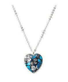 Vera Bradley Heart Necklace #accessories  #jewelry  #necklaces  https://www.heeyy.com/suggests/vera-bradley-heart-necklace-blue-bayou/