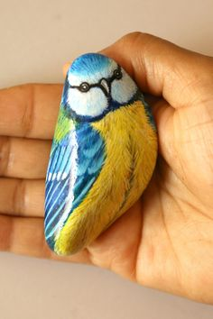 Blue tit bird rock painting Unique painted stone gifts for Painted Garden Rocks, Painted Rock Cactus, Painted Rock Animals, Painted Rocks, Pebble Painting, Pebble Art, Stone Painting, Wolf Painting, Rock Painting Patterns