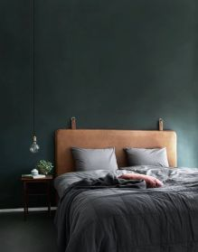 18 Elegant Bedroom Makeover Ideas With Small Budget Bedroom Green, Dream Bedroom, Home Bedroom, Bedroom Decor, Bedroom Ideas, Design Bedroom, Bedroom Modern, Contemporary Bedroom, Wooden Wall Bedroom