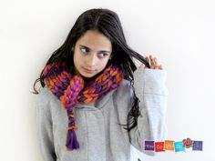 Christmas Gift For Her , Infinity Scarf , Knit Cowl Scarf , Chunky Yarn Knit , Knitted Neck Wrap , Chunky Knit Cowl ,Orange Pink Bagel Scarf by HowDoYouDoIt on Etsy