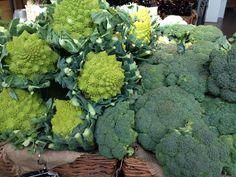 Brócolis #receitaitaliana #mercado #mercato #market #italia #italy #roma #rome #comida #cibo #food #receita #receitas #recipe #ricetta #eataly #eatalyroma #broccoli #brocolis