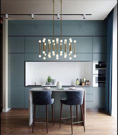 minimalist but luxurious kitchen design 25 Neutral Kitchen Designs, Luxury Kitchen Design, Design Your Kitchen, Interior Design Kitchen, Kitchen Decor, Green Kitchen, Kitchen Pantry, Elegant Kitchens, Luxury Kitchens