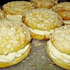 Pražské koláče • recept • bonvivani.sk Bagel, Hamburger, Pancakes, Bread, Cookies, Breakfast, Desserts, Food, Europe