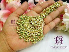 Banarsi Saree Pure Banarasi Silk Rich Pallu And butta border Maang Tikka Kundan, Hyderabadi Jewelry, Vintage Mens T Shirts, Indian Earrings, Maang Tikka With Earrings, Pakistani Jewelry, Indian Jewelry Sets, Sabyasachi, Beautiful Gift Boxes