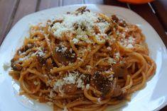 ΜΑΓΕΙΡΙΚΗ ΚΑΙ ΣΥΝΤΑΓΕΣ: Μακαρόνια με κόκκινη σάλτσα & μανιτάρια !! Cookbook Recipes, Cooking Recipes, Spaghetti, Ethnic Recipes, Food, Chef Recipes, Essen, Meals, Eten