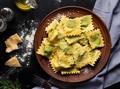 Sicilian Recipes, Greek Recipes, New Recipes, Vegan Recipes, Snack Recipes, Queso Ricotta, Ricotta Ravioli, Spinach Ravioli, Cheese Ravioli