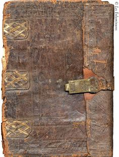 Bookbinding from http://helen.schultz.home.comcast.net/%7Ehelen.schultz/Bookbinding.html She talks about recreating some medieval limp bindings.