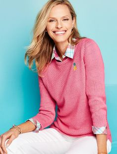 It's all in the details: a classic crewneck sweater gets a preppy update in pink + an embroidered pineapple.