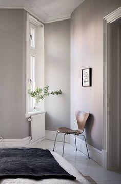 Fresh and inviting spacious apartment - via Coco Lapine Design blog