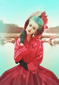 Aqua + Red // Photography by Rūta Jankauskaitė // Marla Singer (16)
