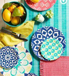 O café da manhã também pode ser lindo e cheio de charme. #cafédamanhã #decorandoamesa #cores