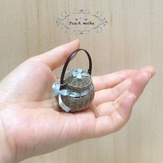 2017. Miniature basket♡ ♡  By Mo Peach Melba