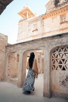 Exploring the Jaipur Wall Near Amer Fort, Rajasthan – We Seek Travel Blog Amer Fort, Jaipur, Exploring, Taj Mahal, Beautiful Places, Wall, Blog, Travel, India