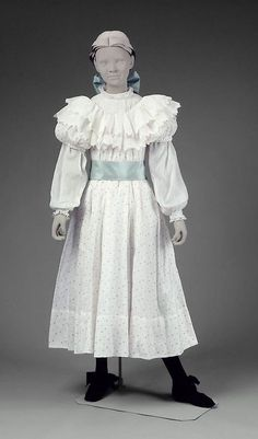 Girl's Dress 1899 The Museum of Fine Arts, Boston