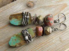 Boucles d'oreille tribales,boucles d'oreille bohème turquoise brute,boucles rustiques,oiseau d'argile : Boucles d'oreille par rare-et-sens