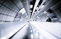 Metro Londres by Bertrand Monney on U Bahn, Tube, Louvre, London, Explore, Building, Travel, Viajes, Buildings