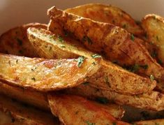 The secret recipe for Greek potatoes (like at Old Duluth)! - The secret recipe for Greek potatoes (like at Old Duluth) ! Best Italian Recipes, Greek Recipes, Favorite Recipes, Bbq Buffet, Fall Recipes, Snack Recipes, Slow Cooker Recipes, Cooking Recipes, Greek Potatoes