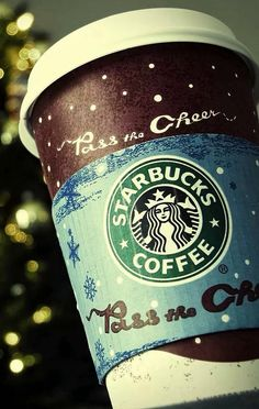 Girls at Starbucks be like I'll have a trenta mocha latte