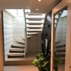 Wallart i trappeoppgang Stairs, Wall, Home Decor, Stairway, Decoration Home, Staircases, Room Decor, Stairways, Interior Design