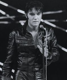 performing-during-the-1968-elvis-nbc-tv-special