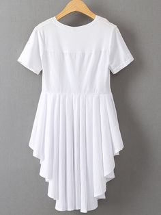 White Dipped Hem Pleated Back T-shirt Casual Dresses, Fashion Dresses, Girls Dresses, Stylish Kurtis Design, Vestidos Retro, Pakistani Fashion Casual, Mode Hijab, Mode Outfits, Blouse Designs