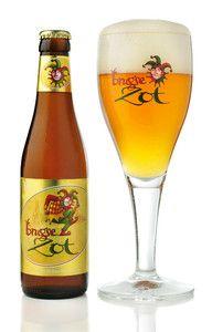 Brugse Zot, 6% ABV. #belgianbeer #bruges #dehalvemaan