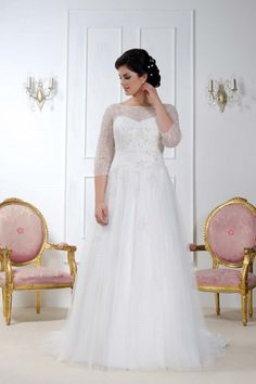 Long sleeved wedding dress from Sonsie by Veromia