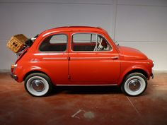 Test drive the 2012 FIAT 500 at FIAT of Vancouver TODAY *** Beat the sun and…