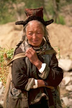 Old Tibetan woman, Ladakh by le petit danois, via Flickr
