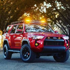 One Stop Classic Car News & Tips – Worldwide classic cars. Toyota 4x4, Toyota Girl, Toyota Trucks, Lifted Ford Trucks, Toyota Tacoma, Toyota 4runner Trd, Toyota Celica, 4runner 2015, Daihatsu