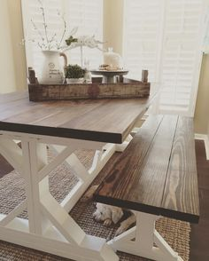 I Spy our Dutch Tulip Crate beautifully styled on HomeDecorMomma's gorgeous farmhouse table. Love it! #homedecor #decoratingideas