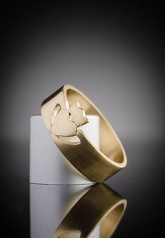 Gold Claddagh Ring for Men | Irish Design | Claddagh Design