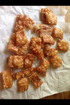"A new recipe/tip ""Pork Scratchings a la Tom Kerridge"" has been posted on our website. Visit our website for more recipes and useful cooking ideas :) New Recipes, Cooking Recipes, Favorite Recipes, Cooking Ideas, Cooking Bacon, Copycat Recipes, Crackling Recipe, Tapas, Tom Kerridge"