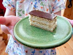 Mézes krémes Vanilla Cake, Bread, Food, Brot, Essen, Baking, Meals, Breads, Buns