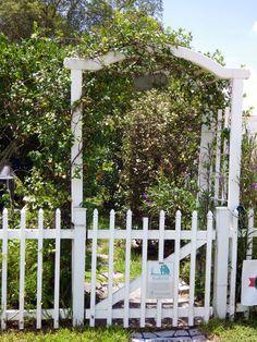 The garden gate - Deltona